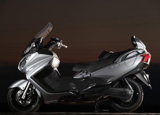 Nuovo Suzuki Burgman 650: la tradizione continua - Foto 19 di 27