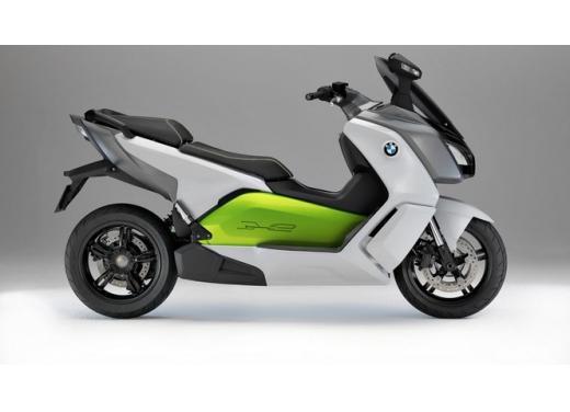 BMW C Evolution, lo scooter elettrico di BMW in versione definitiva - Foto 4 di 11