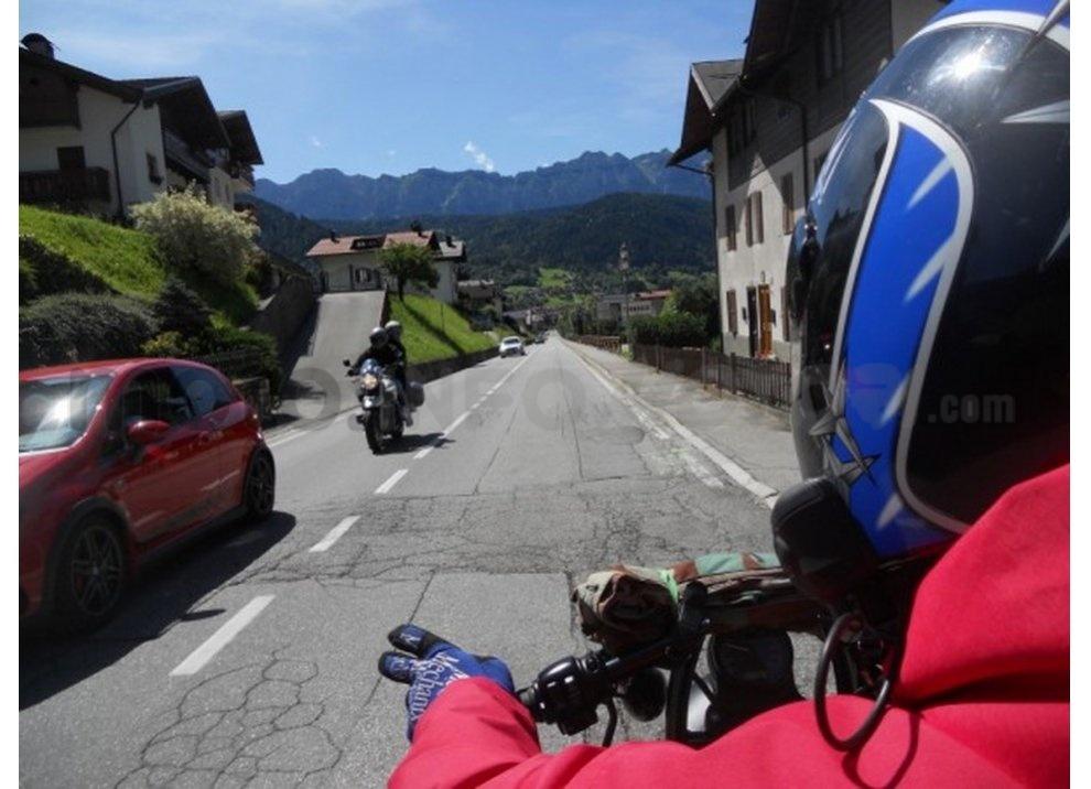 Classifica: i 5 segni tra motociclisti che ogni biker dovrebbe conoscere - Foto 10 di 10