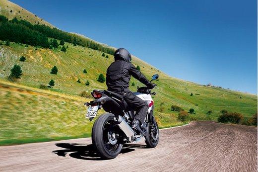 La serie Honda CB 500 in vendita da marzo con prezzi a partire da 5.500 Euro - Foto 5 di 10