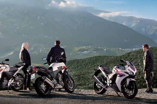 La serie Honda CB 500 in vendita da marzo con prezzi a partire da 5.500 Euro - Foto 8 di 10