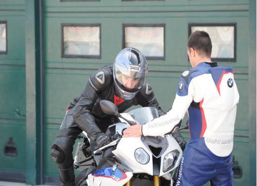 Corsi di guida in Moto con GuidarePilotare by BMW Motorrad Academy - Foto 9 di 13