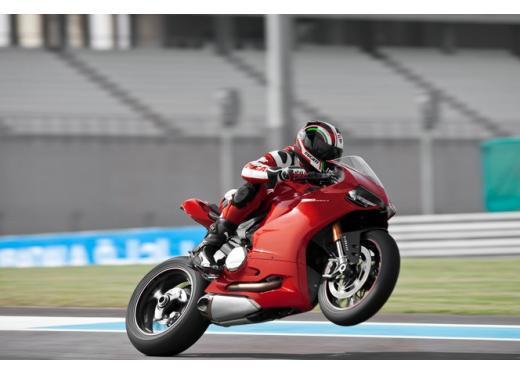 Ducati 1199 Panigale, la sportiva bolognese a 19.548 euro - Foto 5 di 5