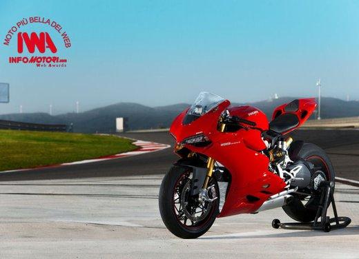 """Ducati 1199 Panigale riceve ad Eicma 2012 il premio """"Moto più Bella del Web 2013"""" - Foto 6 di 9"""