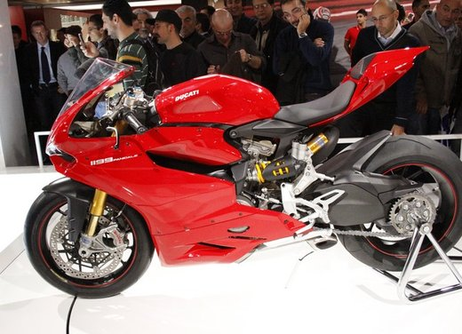 Ducati 1199 Panigale S e Troy Bayliss al Ducati Riding Experience 2012 - Foto 13 di 36