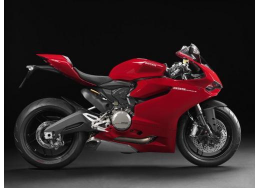 Ducati 899 Panigale: foto, prezzo e dati tecnici della nuova media sportiva - Foto 6 di 15