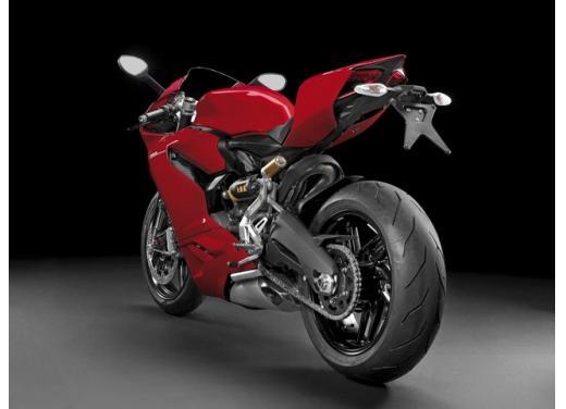 Ducati 899 Panigale: foto, prezzo e dati tecnici della nuova media sportiva - Foto 13 di 15