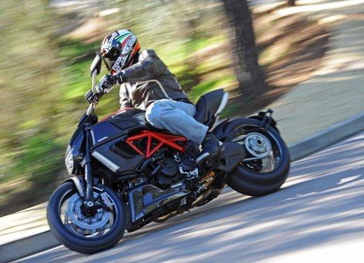 BMW K 1600 GT/GTL moto dell'anno 2011 - Foto 13 di 25