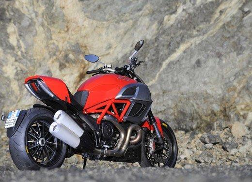 BMW K 1600 GT/GTL moto dell'anno 2011 - Foto 17 di 25