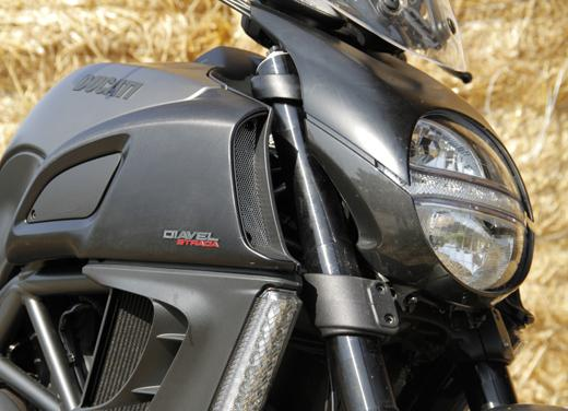 Ducati Diavel Strada: la coppia in coppia! - Foto 3 di 13