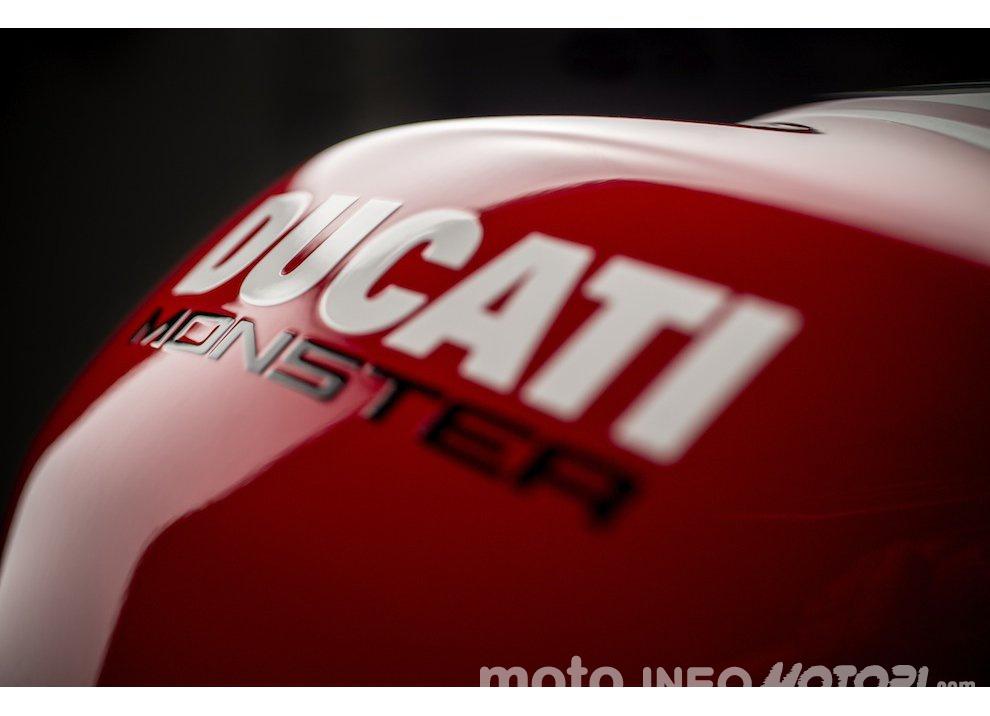 Ducati Monster 1200R: la più potente Ducati naked è Euro4 - Foto 37 di 59