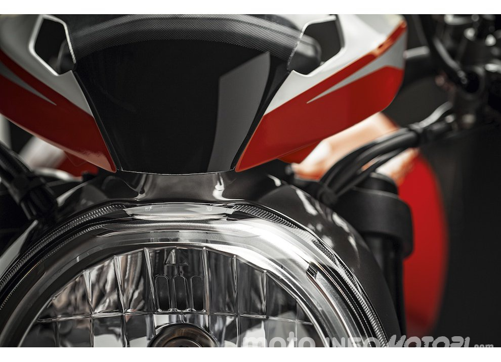 Ducati Monster 1200R: la più potente Ducati naked è Euro4 - Foto 40 di 59