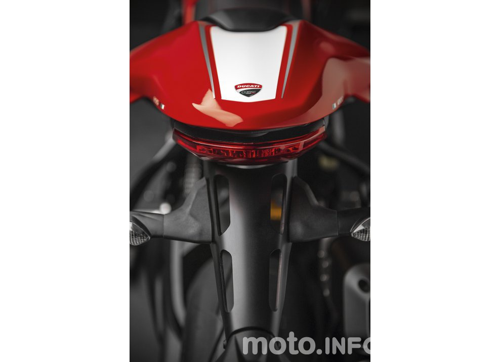 Ducati Monster 1200R: la più potente Ducati naked è Euro4 - Foto 41 di 59