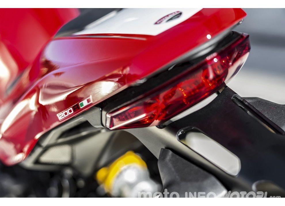 Ducati Monster 1200R: la più potente Ducati naked è Euro4 - Foto 35 di 59