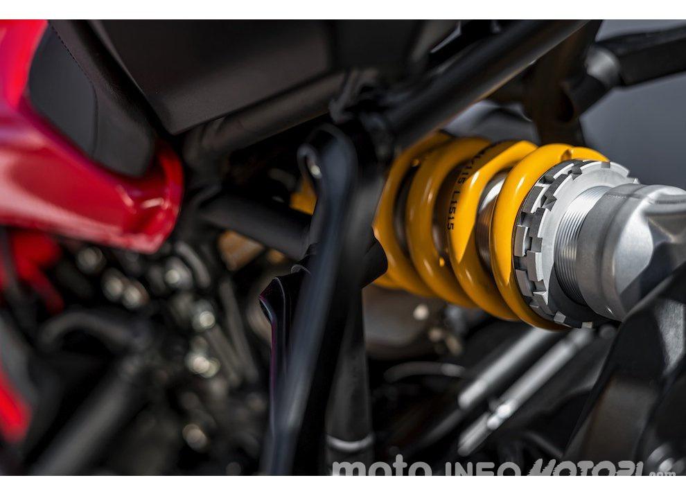 Ducati Monster 1200R: la più potente Ducati naked è Euro4 - Foto 3 di 59