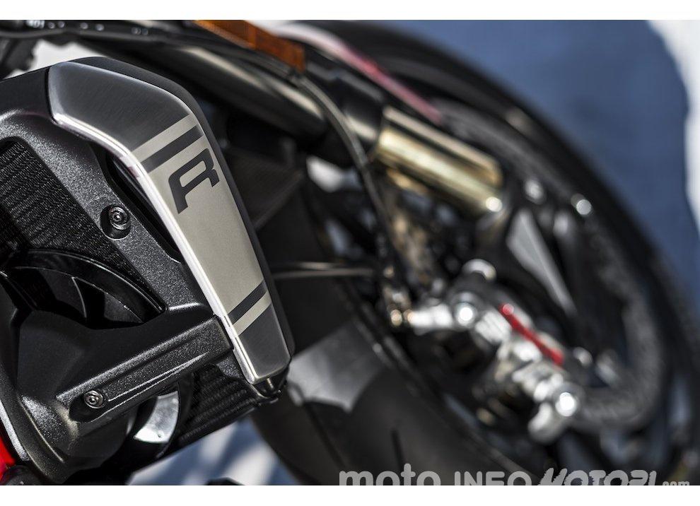 Ducati Monster 1200R: la più potente Ducati naked è Euro4 - Foto 2 di 59
