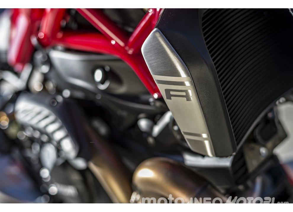 Ducati Monster 1200R: la più potente Ducati naked è Euro4 - Foto 5 di 59