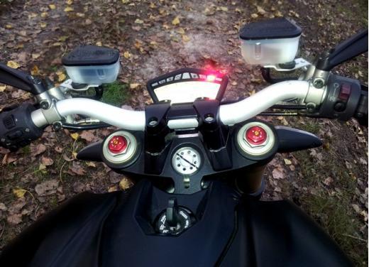 Ducati Streetfighter 848 prova su strada - Foto 17 di 27
