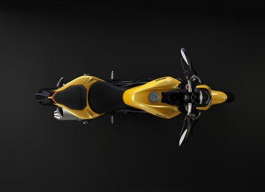 Provata la nuova Ducati Streetfighter 848 sul circuito di Modena - Foto 18 di 37