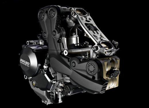 Provata la nuova Ducati Streetfighter 848 sul circuito di Modena - Foto 28 di 37