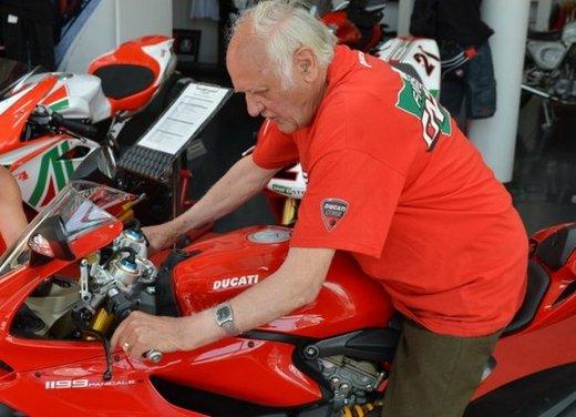 Ducati 1199 Panigale S per un rider di 85 anni - Foto 8 di 19