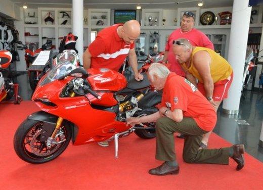 Ducati 1199 Panigale S per un rider di 85 anni - Foto 10 di 19