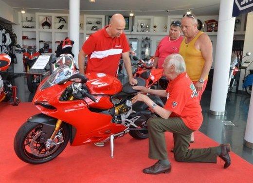 Ducati 1199 Panigale S per un rider di 85 anni - Foto 11 di 19