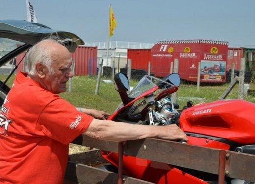 Ducati 1199 Panigale S per un rider di 85 anni - Foto 13 di 19