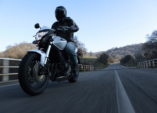 Honda CB600F Hornet – Test Ride - Foto 2 di 15