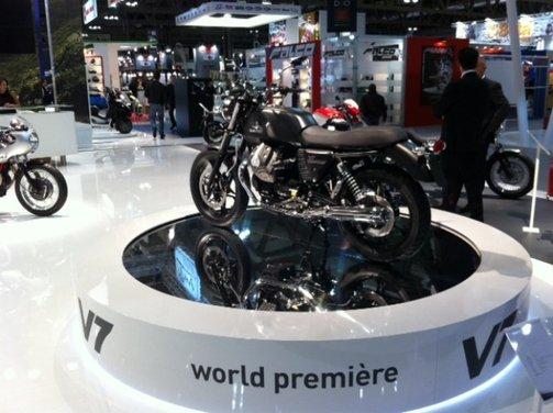 Nuova Moto Guzzi V7 - Foto 3 di 29