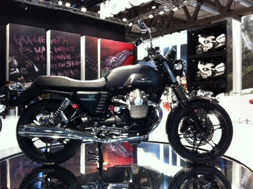 Nuova Moto Guzzi V7 - Foto 10 di 29