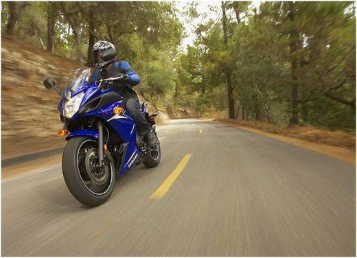 Yamaha XJ6 Diversion carenata