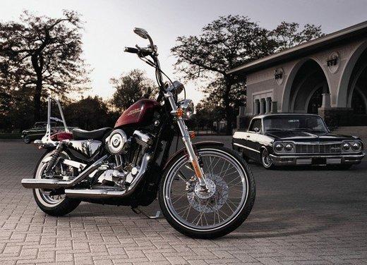 Harley Davidson Seventy-Two prova su strada della nuova Sportster - Foto 13 di 17