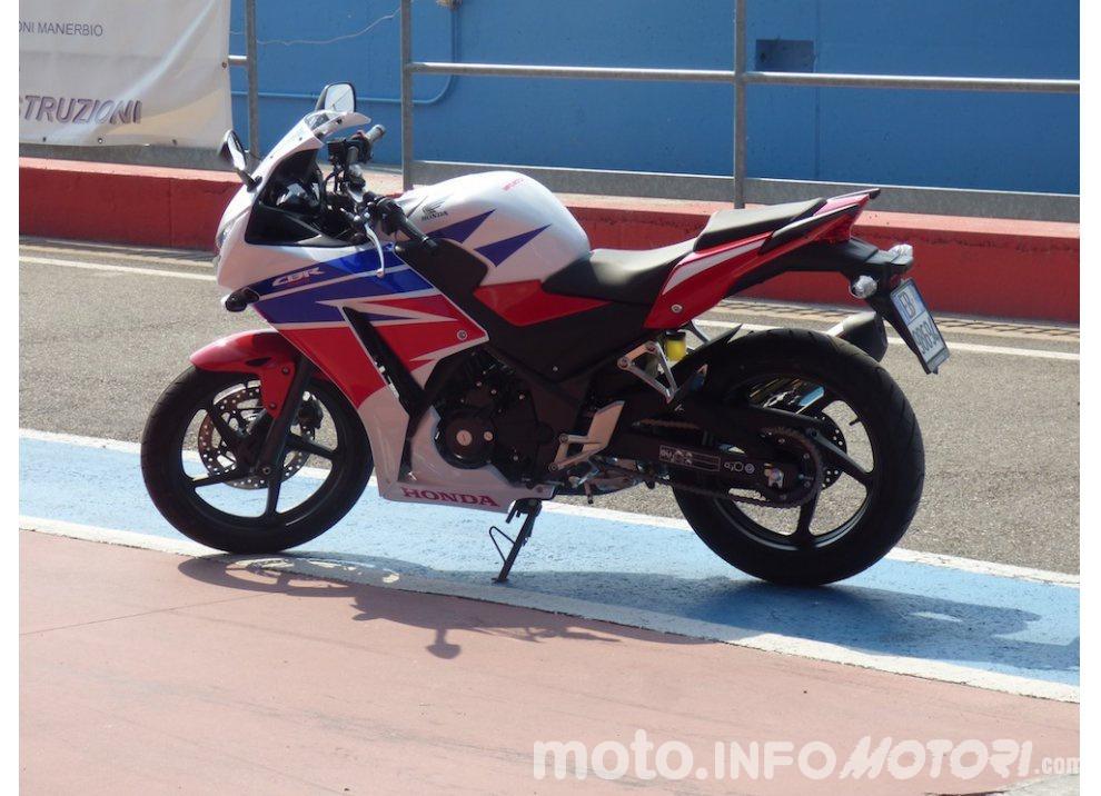 Honda CBR 300 R, il Test Ride in pista