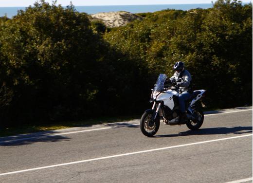 Honda Crosstourer 1200: test ride dell'adventure bike giapponese - Foto 10 di 30