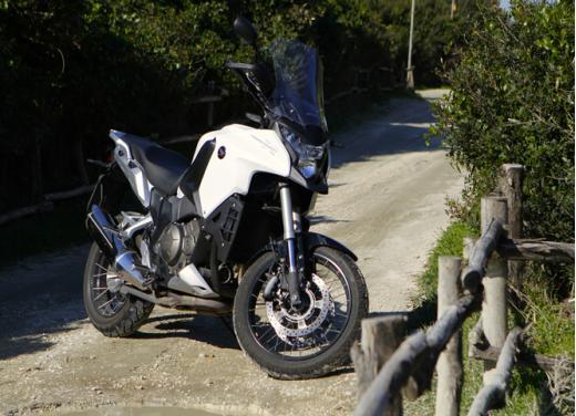 Honda Crosstourer 1200: test ride dell'adventure bike giapponese - Foto 23 di 30