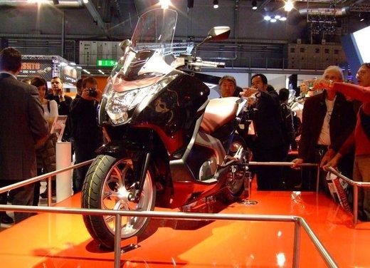 Honda Integra, compreso nel prezzo il bauletto per due caschi integrali - Foto 2 di 39