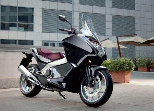 Honda Integra modello 2013 con nuova grafica