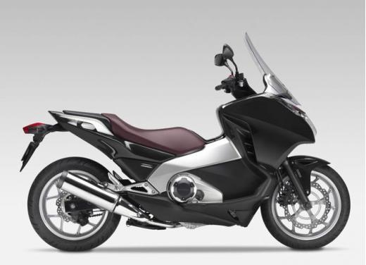Honda Integra modello 2013 con nuova grafica - Foto 2 di 39