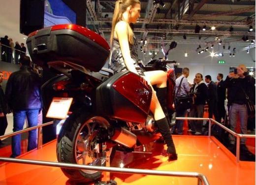 Honda Integra modello 2013 con nuova grafica - Foto 3 di 39