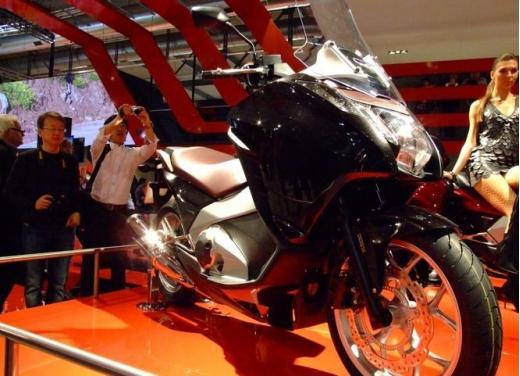 Honda Integra modello 2013 con nuova grafica - Foto 12 di 39