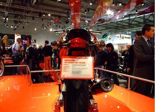 Honda Integra modello 2013 con nuova grafica - Foto 17 di 39