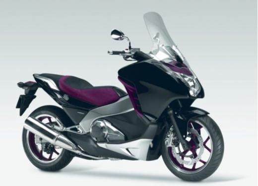 Honda Integra modello 2013 con nuova grafica - Foto 19 di 39