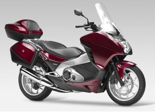 Honda Integra modello 2013 con nuova grafica - Foto 21 di 39