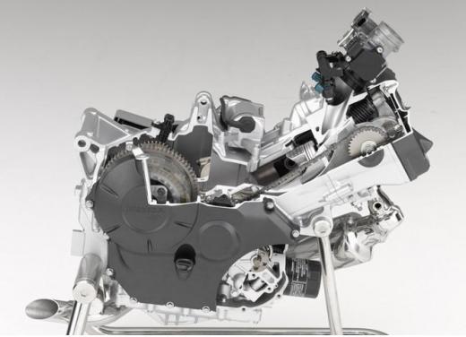Honda Integra modello 2013 con nuova grafica - Foto 22 di 39