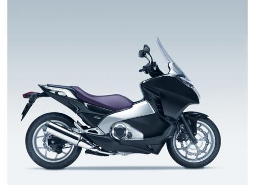 Honda Integra modello 2013 con nuova grafica - Foto 26 di 39