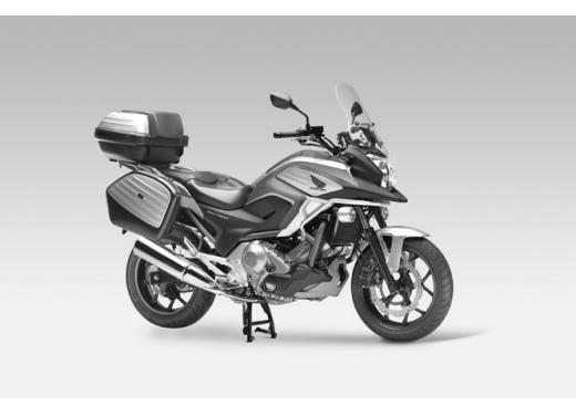 Honda NC 700X, prezzo basso e interessanti contenuti tecnici - Foto 6 di 10