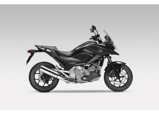 Honda NC 700X, prezzo basso e interessanti contenuti tecnici - Foto 3 di 10