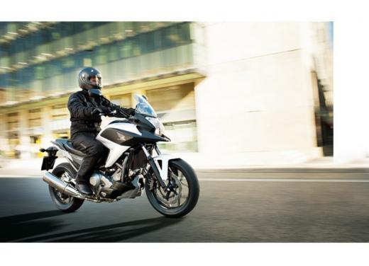 Honda NC 700X, prezzo basso e interessanti contenuti tecnici - Foto 10 di 10