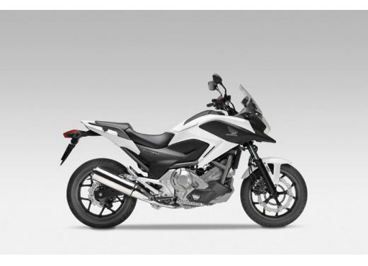 Honda NC 700X, prezzo basso e interessanti contenuti tecnici - Foto 5 di 10